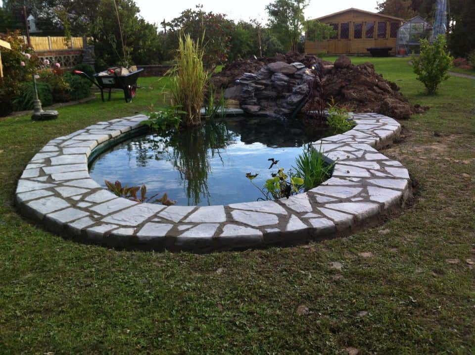 Preformed outdoor waterfalls for ponds pictures to pin on pinterest pinsdaddy Large preformed ponds